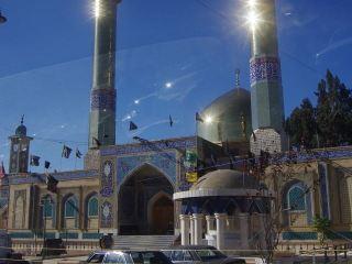 ŠŠíitská meššita v Baalbecku (foceno z auta)