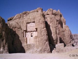 Shiraz, komplex hrobek Naqsh-i Rustam