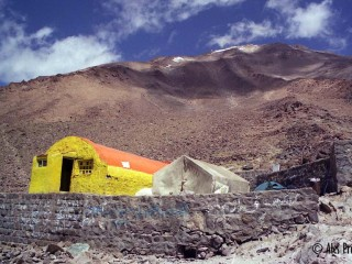 Chata pod vrcholem Damávand