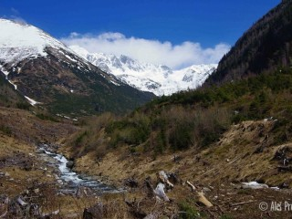 Žiarská dolina s vrcholem Baníkov a Hrubá Kopa