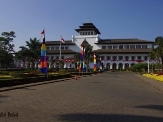 Vládní budova Gedung Sate, Bandung