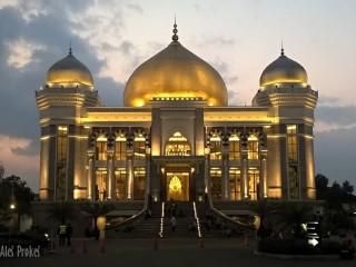 Velká Prorokova mešita u Trans Studia Bandung (Nuansa Nabawi di Masjid Agung)