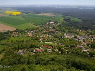 Pohled z vyhlídky hradu Bezděz