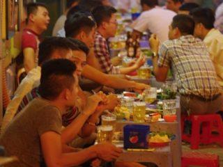 Noční život v Hanoji