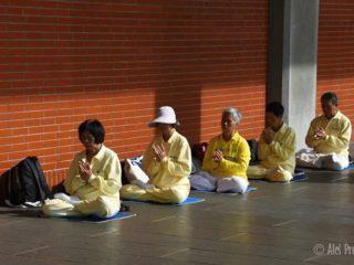 Meditace u národního památníku Sun Yat-Sena